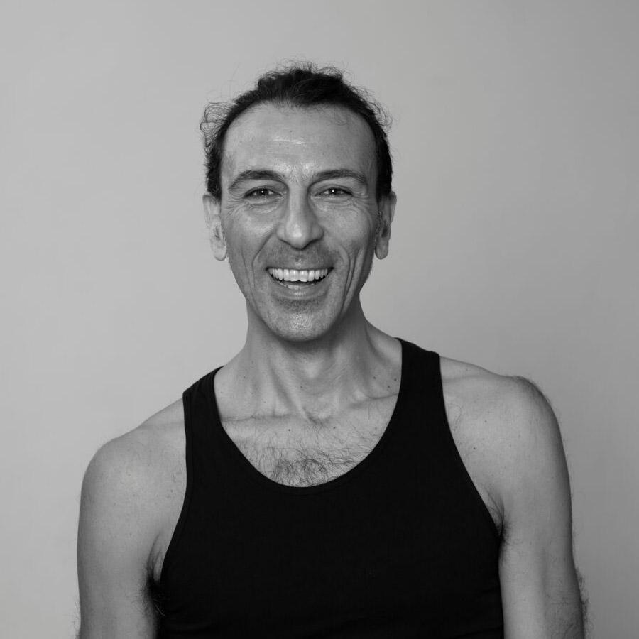 maurizio-marmorato-yoga-teache